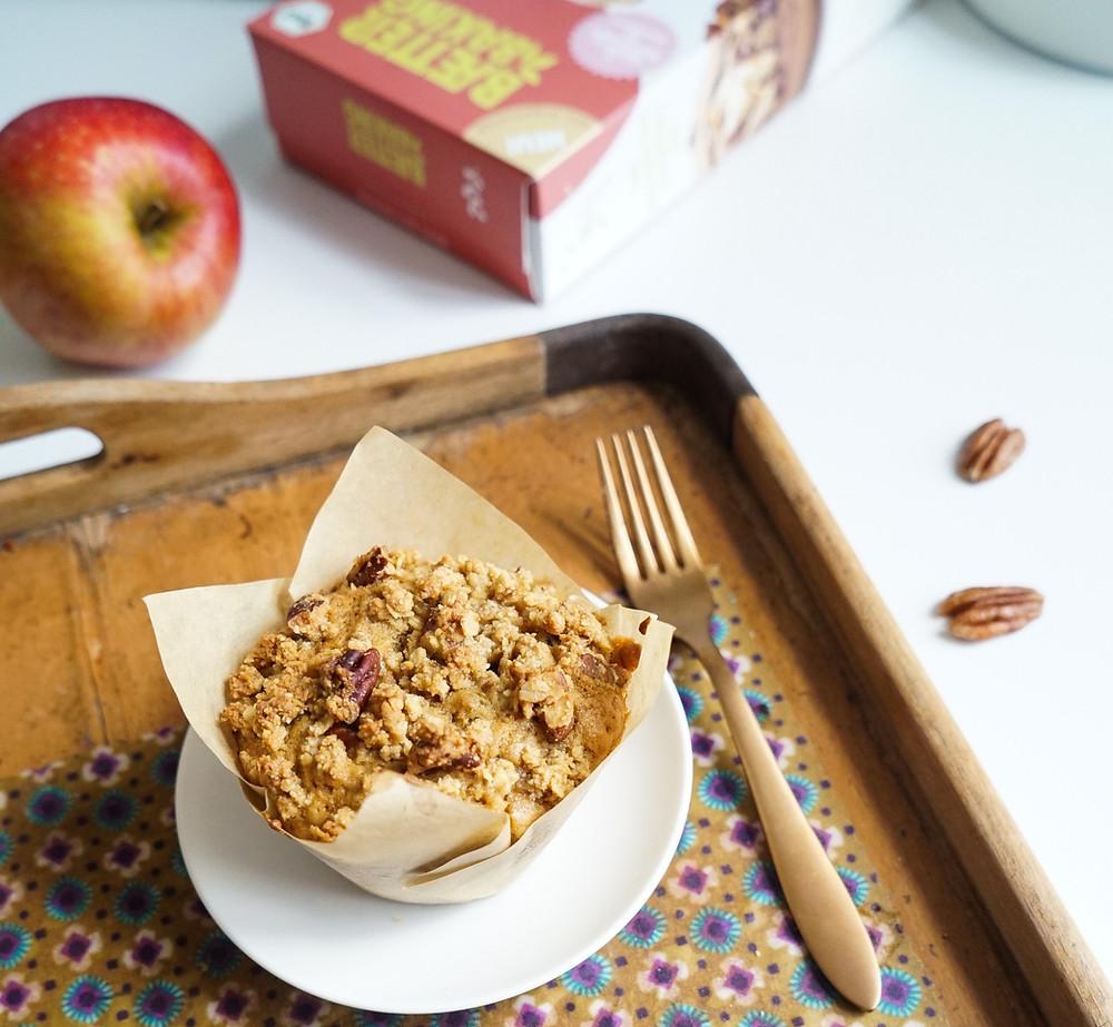 gesunde und vegane Apfel-Streusel-Muffins mit Feige und Pekannuss
