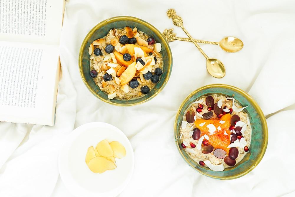 selbstgemachtes Bircher Müsli mit orientalischen Gewürzen und fruchtiger Orange