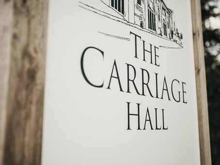 Singer and DJ for a wedding in Nottingham - Carriage Hall
