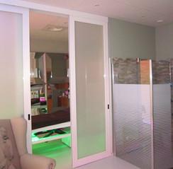 Double porte vitrée coulissante sur cadre aluminium
