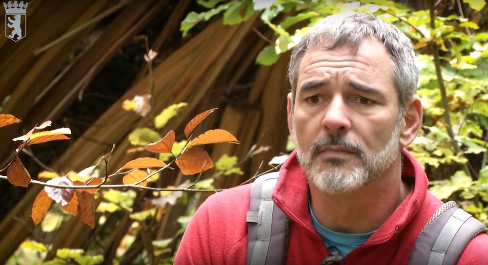 Mario Dieringer - Der Mann, der Bäume für die Toten pflanzt