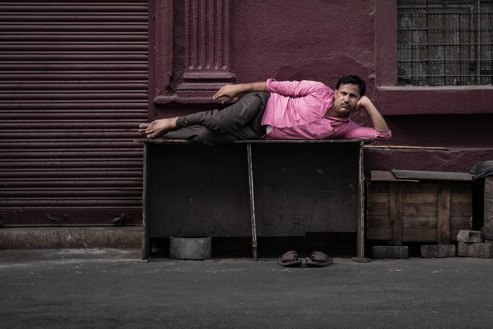 The poser on street