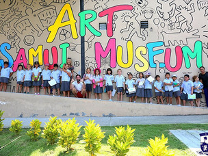 Year 3 school trip to Samui Art Gallery