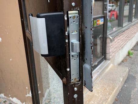 Contactez Serrurier Urgence Montreal Inc. 514-570-0171 www.serrurierurgence24h.com