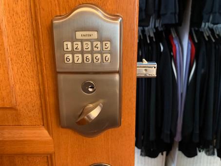 Besoin d'une serrure électronique pour votre porte coulissante ( pocket door )