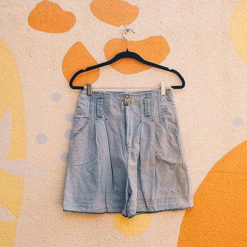 Shorts Cintura Alta Com Pregas