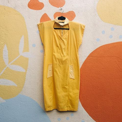 Vestido Amarelo com Ombreiras