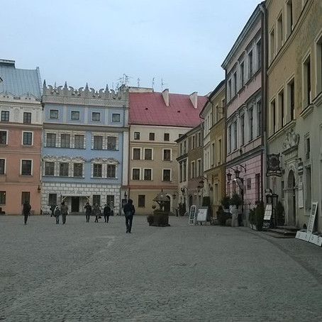 Cerdyn Post Creadigol: Lublin - Llŷr Titus