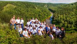Молодежь и волонтёры на открытии