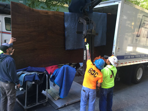 unloading table from truck