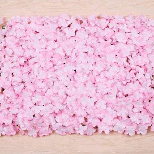 Стена из искусственных цветов розовая