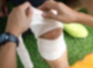 First aid at knee trauma. First aid by g