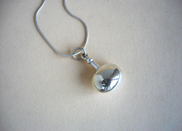 Hanger zilveren flesje