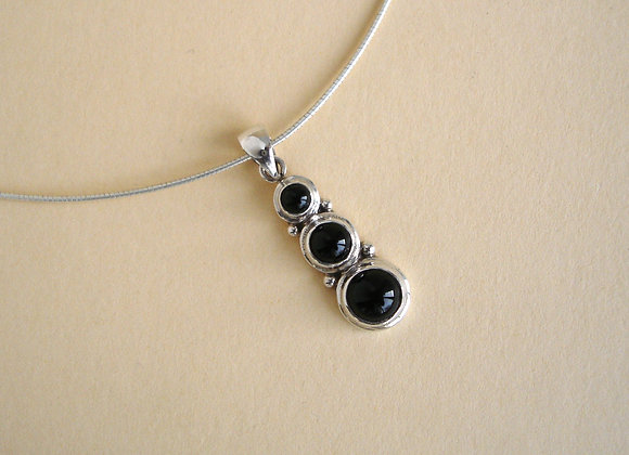Hanger onyx S, 3 ronde cabochons