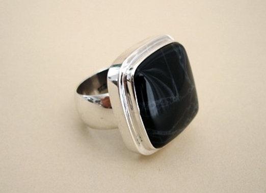 Ring obsidiaan