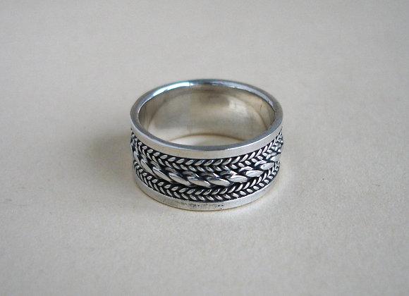Ring zilver, fijn vlechtwerk