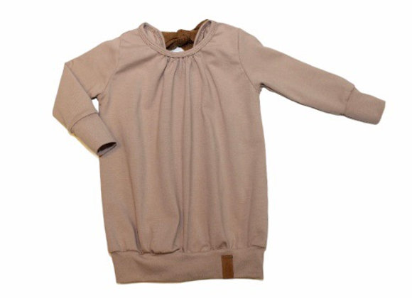 Sweaterdress rugdetail Nadieh