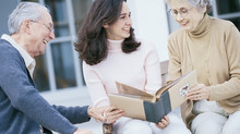 [Planète-Auto-Entrepreneur.com] 11 idées d'activités sur le marché porteur des seniors