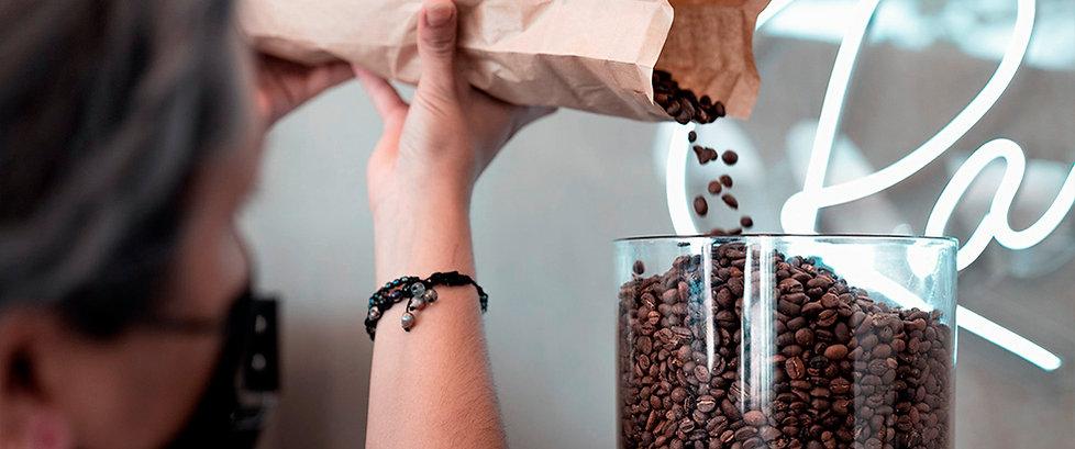 comprar moedor de cafe grãos tramontina philco hario manual bialetti.jpg