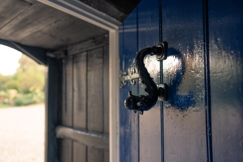 LT door knocker - Dean