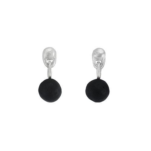 Black pops earrings