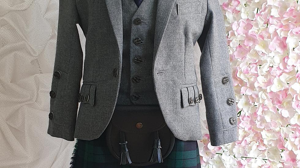 (HIRE) ;KIDS FULL HIGHLAND DRESS OUTFIT BLACKWATCH TARTAN