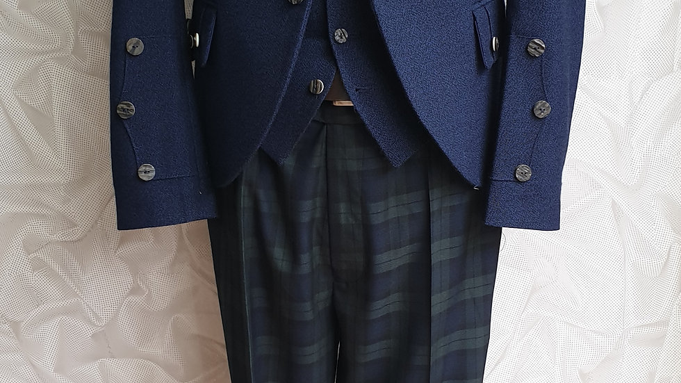 (HIRE) : HIGHLAND DRESS OUTFIT BLACKWATCH TARTAN