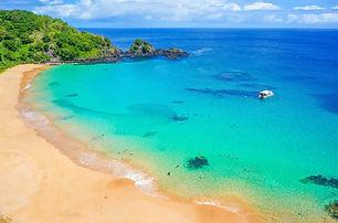 praia-do-sancho-em-fernando-de-noronha-e