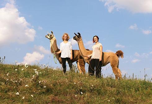 Maren Cremer   Achtsamkeits-Day-Retreat: Lama und Yoga
