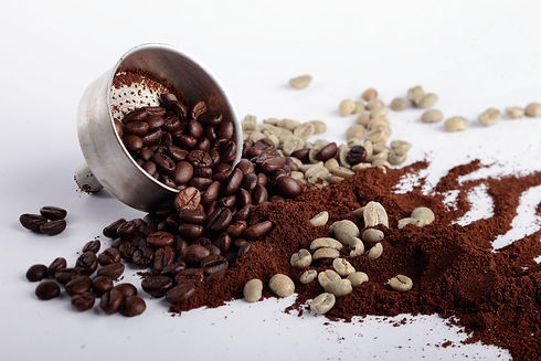 fondi-di-caffe-14-usi-per-la-casa-e-la-b