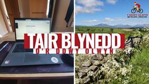 Tair Blynedd o'r Ddwy Olwyn