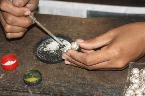 Making jewelry in Bali