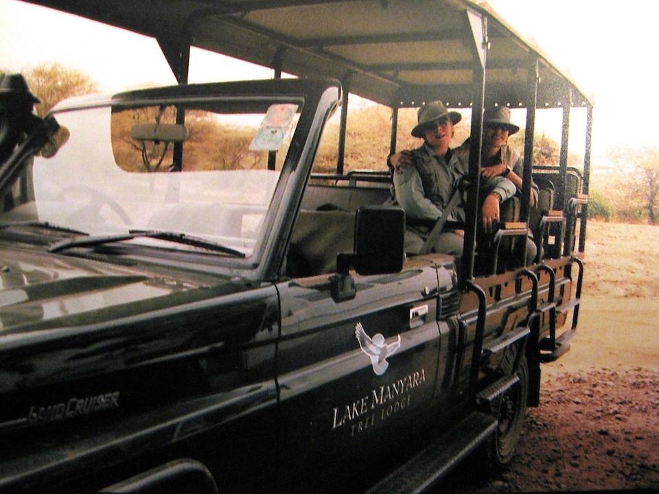 Julie Anne and Tatjana Rhodes on safari
