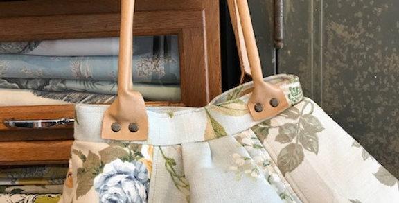 """""""Sadie"""" - Vintage floral fabric bag"""