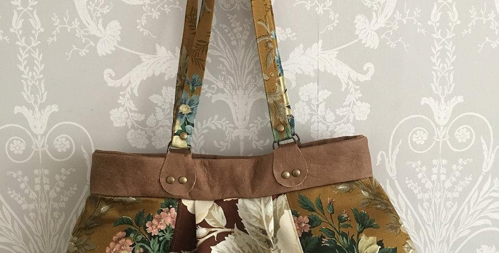 Vintage floral fabric & leather bag