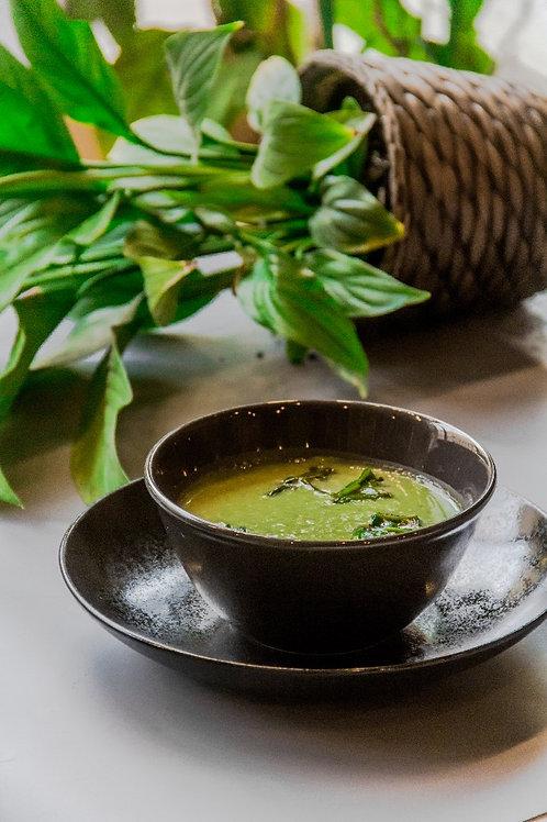 Крем-суп из брокколи с  пшеничными сухариками