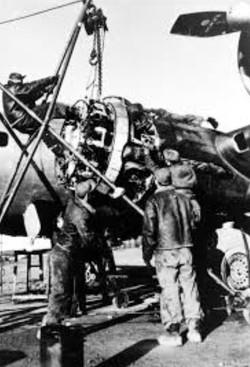 B-17 Cyclon 1943e