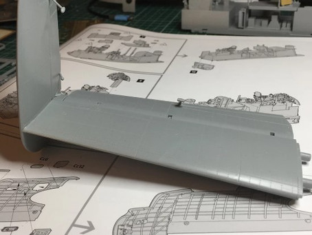 HK Models 1/32 Lancaster Model - Day 2 - Cockpit & Tail