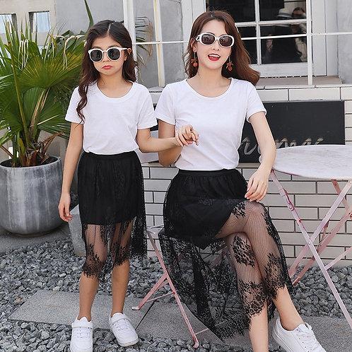 T-shirt & Lace Skirt 💖