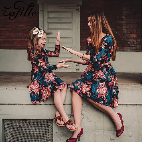 Three Quarter Length Sleeve Autumn Winter Floral Mini Dress 💖