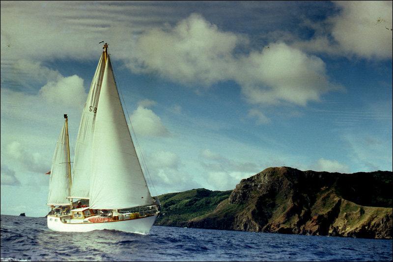 pitcairn-aventura12.jpg