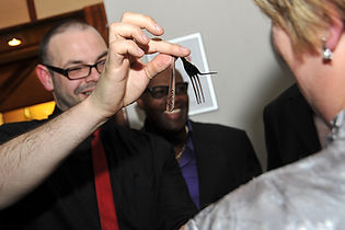 magic show, illusion show, close-up magician, close-up magic, wedding magician, wedding magic