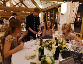 Do you want a wedding magician?