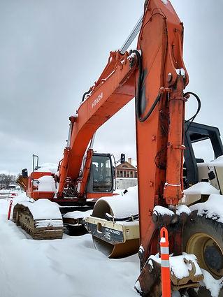 Contact_tractor.jpg