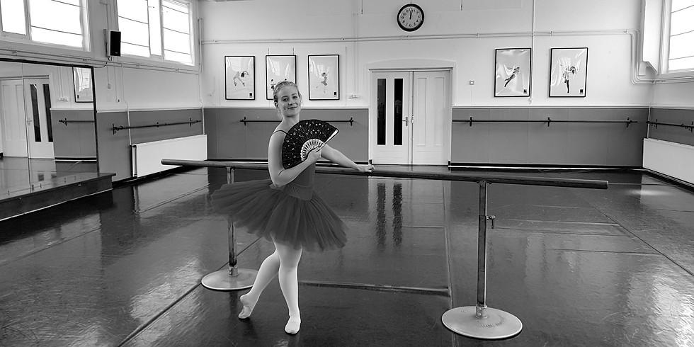 Little (Young) Ballerina 3,5 t/m 7 jr door Amber