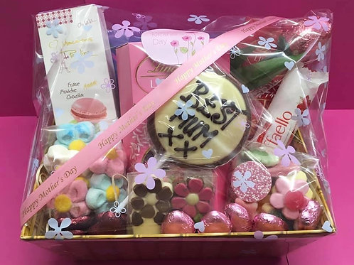 MOTHER'S DAY SWEET AND CHOCOLATE SELECTION HAMPER