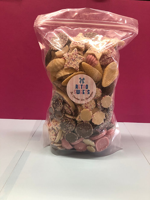1KG RETRO CHOCOLATE PICK 'N' MIX POUCH BAG