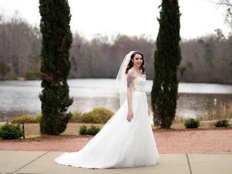 Photos to Capture of Your Wedding Dress on Your Big Day