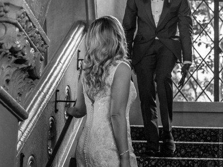 First-Look Moments to Capture on Your Wedding Day