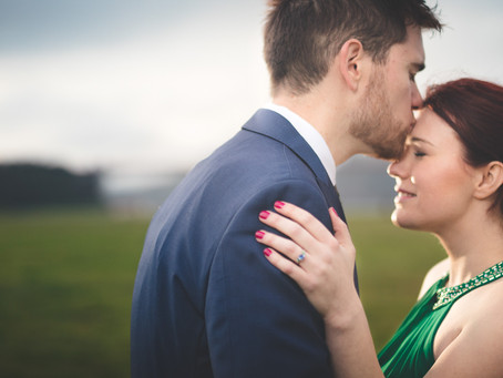 How to Capture Engagement Photos That Showcase Personalization